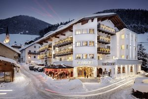 NAUDERERHOF - Alpin ART & SPA Hotel Superior